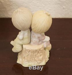 1978 Johnathan & David Enesco Precious Moments Love One Another Figure Mib