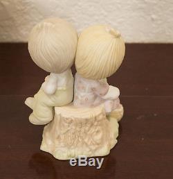 1978 Johnathan & David Enesco Precious Moments Love One Another Figure Mib