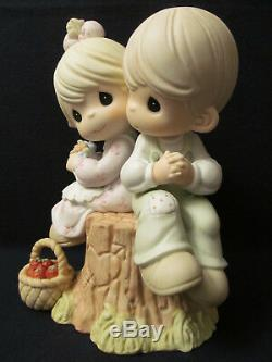 2001 Precious Moments 9 Figurine Love One Another Signed by Fujioka # 822426