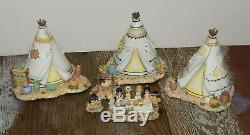3 Hawthorne Village Teepees & We Gather Together Thanksgiving Set Precious Momen