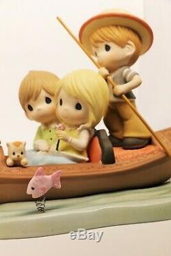 BNIB Precious Moments AMORE! 123026 Limited Edition Couple on Venetian Gondola