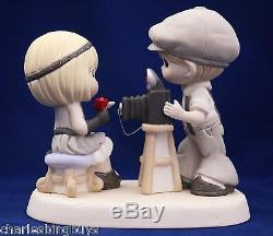 BNIB Precious Moments (Couple obviously in Love) YOU'RE PICTURE PERFECT, 123007