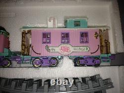 ENESCO Precious Moments Sugar Town Express Train Tracks & Cargo 2 Passenger Cars