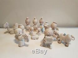 Enesco Precious Moments Nativity Scene 1980 13-items very Nice RARE