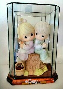 Extremely Rare Precious Moments Large 10 Inch Love One Another Limited 1500