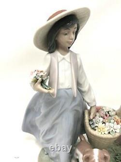 Lladro Springtime Harvest MINT