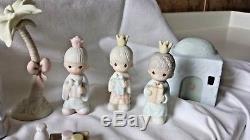 MSRP $900+ Precious Moments Retired Mini-Nativity Come Let Us Adore Him 32Pc Set