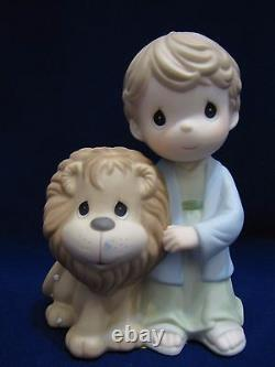 NIB Precious Moments HOW MIGHTY ARE WONDERS, 740023 Bible Story Heroes RARE