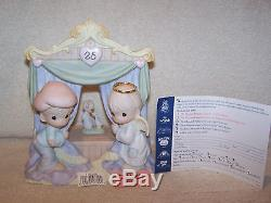 Precious Moments. World Stage. Musical. Signed. Very Rare! Limited Edition