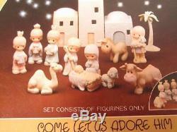 Precious Moments 1982 Porcelain Nativity 11 Pc Miniature Come Let Us Adore Him