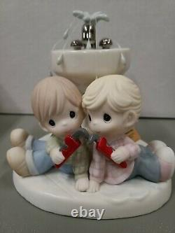 Precious Moments 2016 Members' Only Figurine There Shall Be Showers Of Blessings