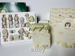 Precious Moments COME LET US ADORE HIM 11pc Nativity Set E2395 + Wall E-5644 Box