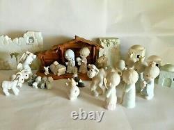 Precious Moments COME LET US ADORE HIM 29pc Nativity Set/Creche Porcelain EC