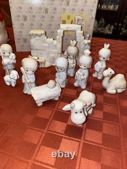 Precious Moments Come Let Us Adore Him Mini Nativity Set 1982 E-2395 +bonus +box