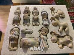 Precious Moments Come Let Us Adore Him Nativity Figurines E-2395