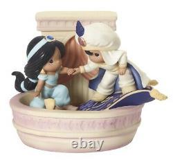 Precious Moments Disney Aladdin And Jasmine A Magical World Awaits You Figurine