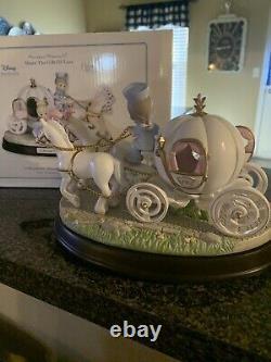 Precious Moments Disney Cinderella Carriage 2003 Music Box 133103