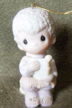 Precious Moments E5388 -MIB- Ornament JOY TO THE WORLD Boy w Harp 1984
