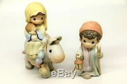 Precious Moments FLIGHT INTO EGYPT 455970 Large Nativity Addition / Set of 2