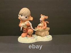 Precious Moments Figurine Disney Tigger Put A Little Bounce in Your Heart 122008