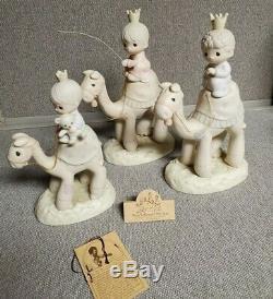 Precious Moments Figurine THEY FOLLOWED THE STAR E5624 Nativity Set
