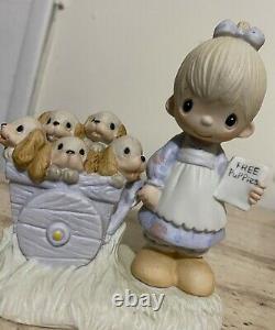 Precious Moments God Loveth a Cheerful Giver Figurine © 1977 Vintage Original 21