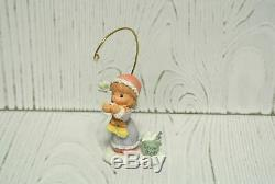 Precious Moments Hawthorne Village Accessory HOLIDAY WISHES 14-09121-119
