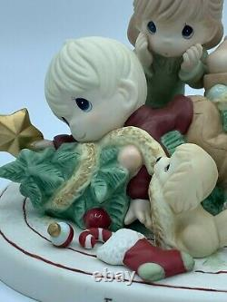 Precious Moments Limited Edition Family Is The Best Gift Of All 191011 Christmas