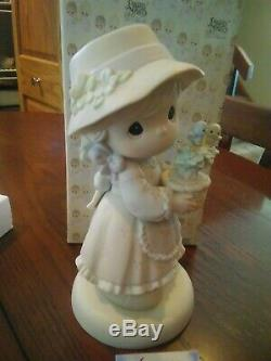 Precious Moments Love Grows Here 9 inch 272981 Special 1998 LTD 1603/2000