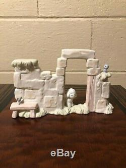 Precious Moments Mini Nativity Full Set 11PC plus Manger