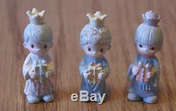 Precious Moments Mini Pewter Nativity 18 pieces