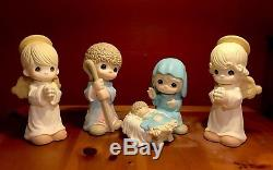Precious Moments Nativity Statuary With Angles (4 Pieces) Indoor/Outdoor Set