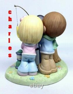 Precious Moments OUR LOVE IS WRITTEN IN THE STARS 121043 Limited Edition COUPLE