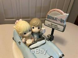 Precious Moments Our Love Is Classic Limited Edition #469 Fifties Couple #112026