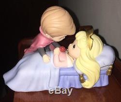 Precious Moments Rare Believe In The Power Of True Love Disney Showcase 910059