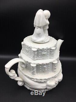 Precious Moments Rarest Of The Rare Tea Pot Musical Wedding Cake Topper