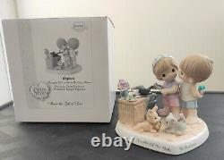 Precious Moments Singapore Exclusive Thoughts of You Make My Heart Warm 189606