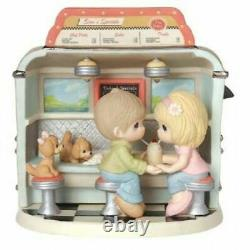 Precious Moments You Make My Heart Float Limited Edition Figurine #154017