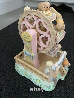Precious Moments musical Ferris wheel in prefect condition