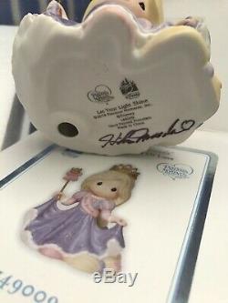 RAPUNZEL 2014 Precious Moments SIGNED BY HIKO VERY RARE Disney Park Exclusive