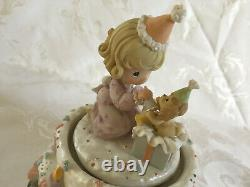 RARE Precious Moments Happy Birthday To You Action Music Box Dogs Cats 2002