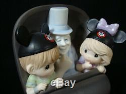 T Precious Moment-Disney 2019 D23 EXPO-SIGNED/HIKO-Haunted Mansion Ride-50th An