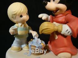 T Precious Moments-Disney Showcase-Sorcerer Mickey Mouse