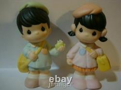 T Precious Moments-Extremely Rare Japanese School Boys/Girls-RARE FIND SET OF 6