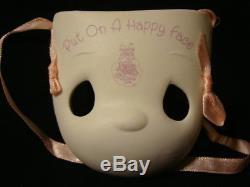 Za Precious Moments-ULTRA RARE Clown Mask-Convention Figurine-HAND SIGNED BY SAM